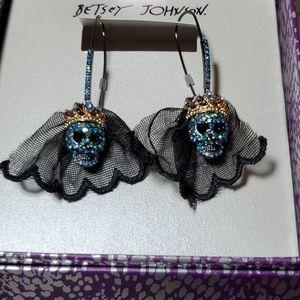 Betsey Johnson Skull Veil Drop Earrings
